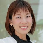 鈴木 愛子 (すずき あいこ)